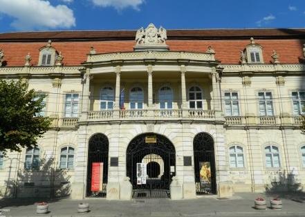 Muzeul-de-arta-Cluj-1